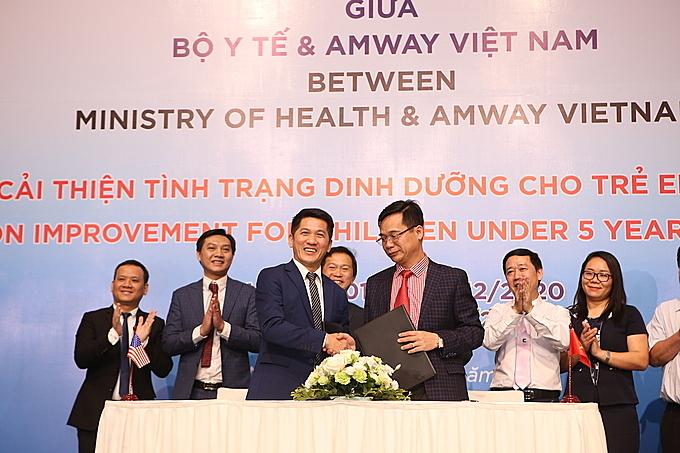 Amway Việt Nam ký kết thỏa thuận hợp tác cùng Bộ Y tế trong dự án Cải thiện tình trạng dinh dưỡng cho trẻ em dưới 5 tuổi trong giai đoạn 2019-2020 vào tháng 4/2019.