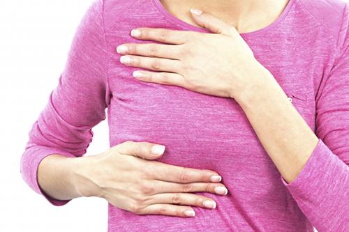 khi một phụ nữ có những dấu hiệu trên, chưa hẳn đã là ung thư vú, nhưng cần đến khám tại cơ sở y tế chuyên khoa để được khám và chẩn đoán chính xác.