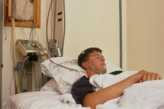 Randy tại bệnh viện sau khi kết thúc thí nghiệm. Ảnh: Teletica