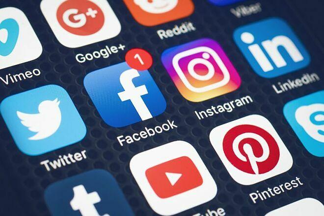Thiếu niên sử dụng mạng xã hội có nguy cơ mắc chứng rối loạn ăn uống. Ảnh: Shutterstock.