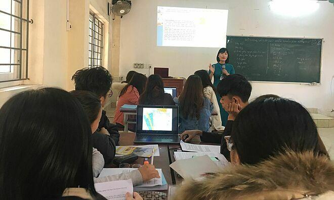 Sinh viên học theo phương pháp mới tại Trường Cao đẳng Y Thái Bình. Ảnh: Lê Nga.