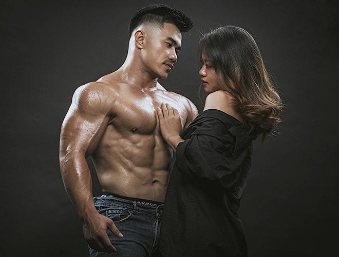 Nhân và vợ thường cùng nhau tập luyện và chụp ảnh nghệ thuật để làm kỷ niệm. Ảnh: Nhân vật cung cấp