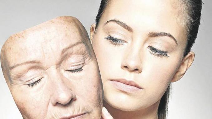 Phụ nữ tuổi 30 quan tâm đến vấn đề lão hóa hơn.