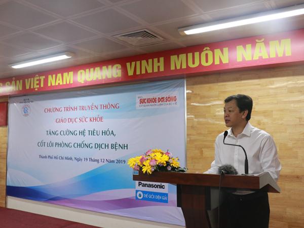 TTƯT. BS. CKII Nguyễn Tri Thức, Giám đốc Bệnh viện Chợ Rẫy, phát biểu tại hội thảo