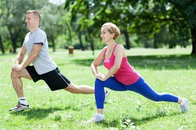 Tập thể dục là một trong 5 thói quen tốt giúp kéo dài tuổi thọ. Ảnh: Mojomultiplier