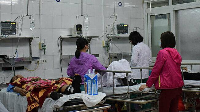 Người bệnh điều trị tại Khoa Cấp cứu, Bệnh viện Hữu nghị Việt Đức chiều 24/1. Ảnh: Nguyễn Chi.