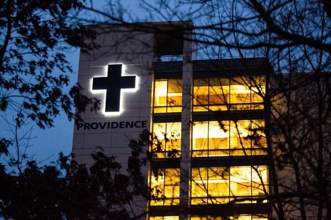 Trung tâm Y tế Providence Everett, nơi tiếp nhận trường hợp viêm phổi do virus corona đầu tiên của Mỹ. Ảnh: Bloomberg
