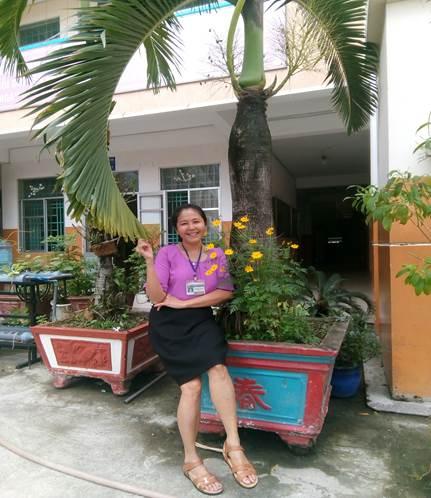 Ảnh chụp trước phòng làm việc nhân dịp kỷ niệm ngày Nhà giáo Việt Nam.