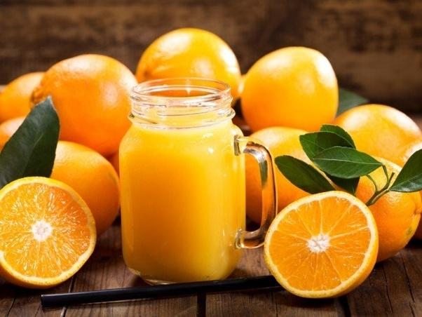 Trái cay h? cam quyt ch?a nhi?u vitamin C giúp t?ng c??ng h? mi?n d?ch. ?nh: Quora.