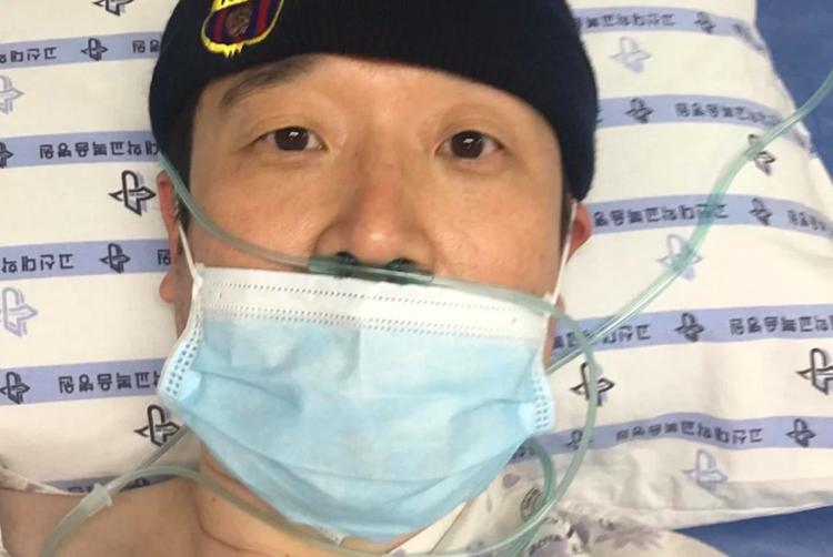 Giáo sư đại học Park Hyun đang được điều trị cách ly trong phòng áp lực âm tại bệnh viện. Ảnh:Park Hyun