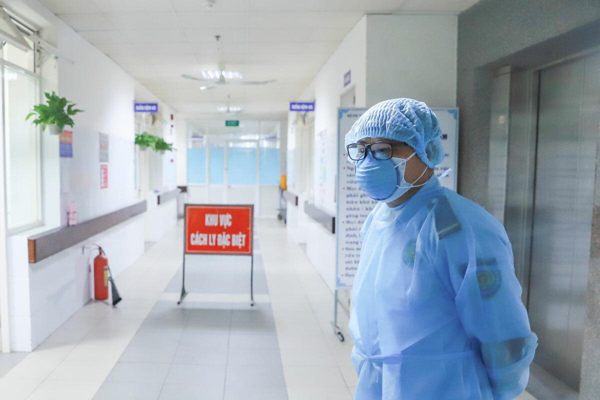 Khu cách ly điều trị các ca dương tính Covid-19 ở Bệnh viện Đà Nẵng. Ảnh: Nguyễn Đông.