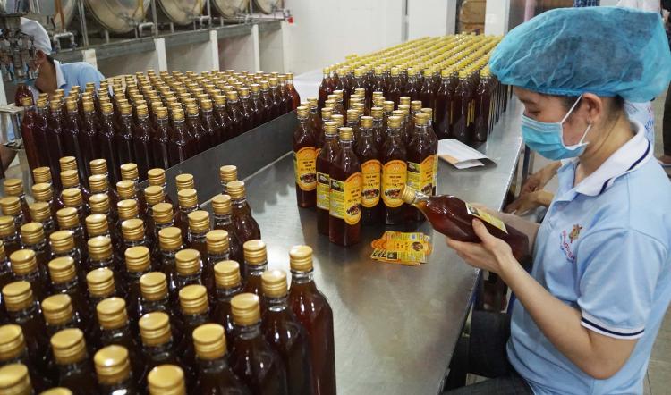 Chỉ nên mua mật ong của những doanh nghiệp có tên tuổi và uy tín