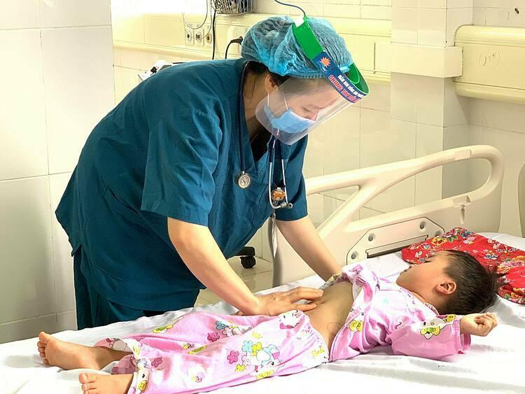 Hiện tại hai bé đã ổn định sức khỏe. Ảnh: Bệnh viện cung cấp