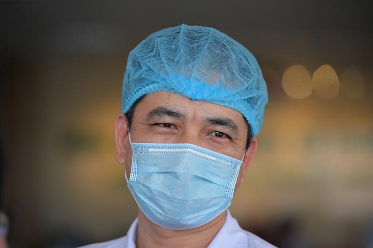 Bác sĩ Nguyễn Thanh Bình - Bệnh viện Bệnh Nhiệt đới Trung ương. Ảnh: Quỳnh Chi
