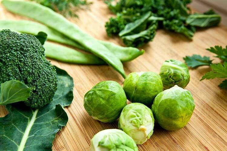 Chất xơ nổi bật có trong rau xanh, là thực phẩm hỗ trợ giảm cân hiệu quả. Ảnh: Scientific American