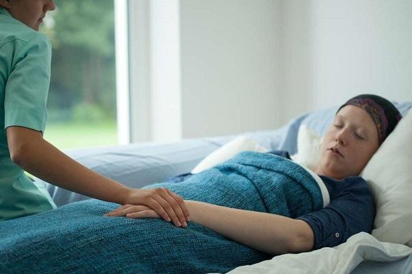 Tập thể dục giúp bệnh nhân ung thư ngủ ngon hơn.