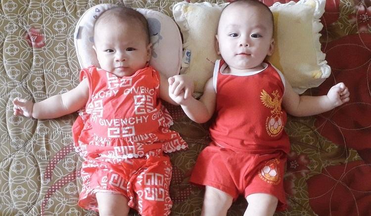 Hình ảnh Kim Ngân và Minh Nguyên gần 6 tháng tuổi lanh lợi, kháu khỉnh. Ảnh: Nhân vật cung cấp