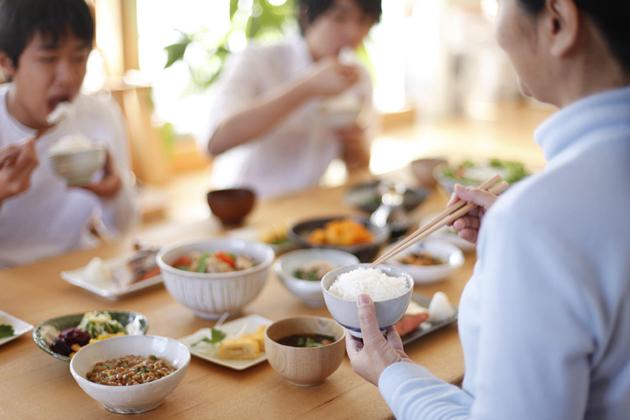 Truyền thống ăn sáng với Natto đã song hành cùng bao thế hệ xứ hoa anh đào.