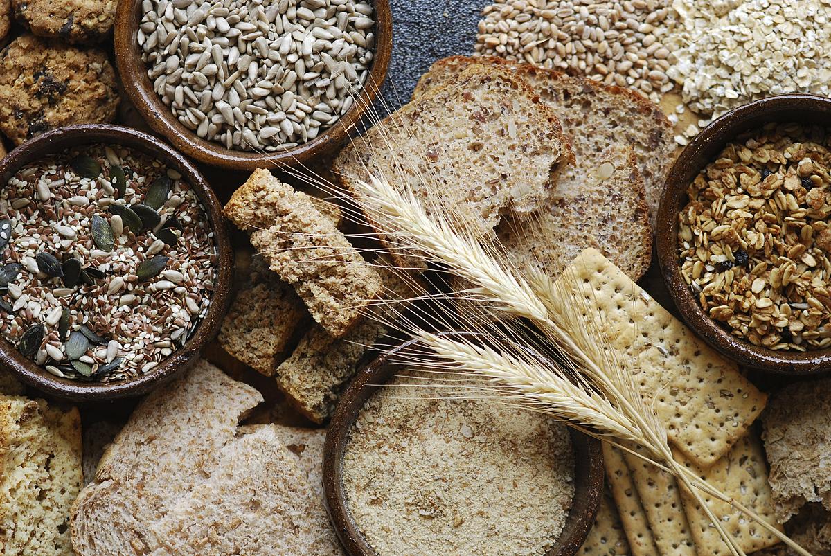 Ăn ngũ cốc nguyên hạt mỗi ngày giúp giảm đáng kể nguy cơ ung thư đại trực tràng. Ảnh: Cooking light.