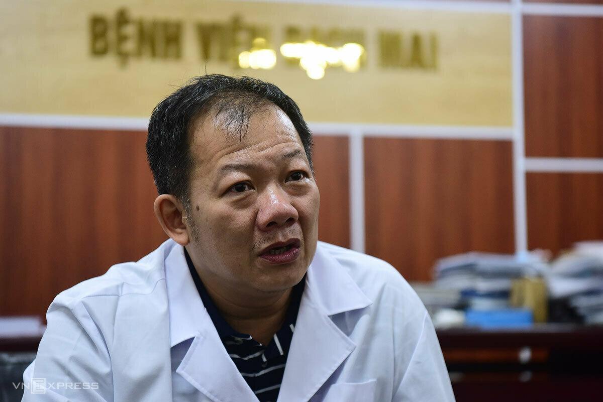 Bác sĩ Dương Đức Hùng, Phó giám đốc Bệnh viện Bạch Mai. Ảnh: Giang Huy.