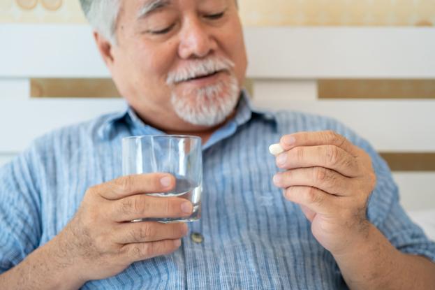 Những người có tiền sử đột quỵ não có thể sử dụng nattokinase để phòng bệnh tái phát.