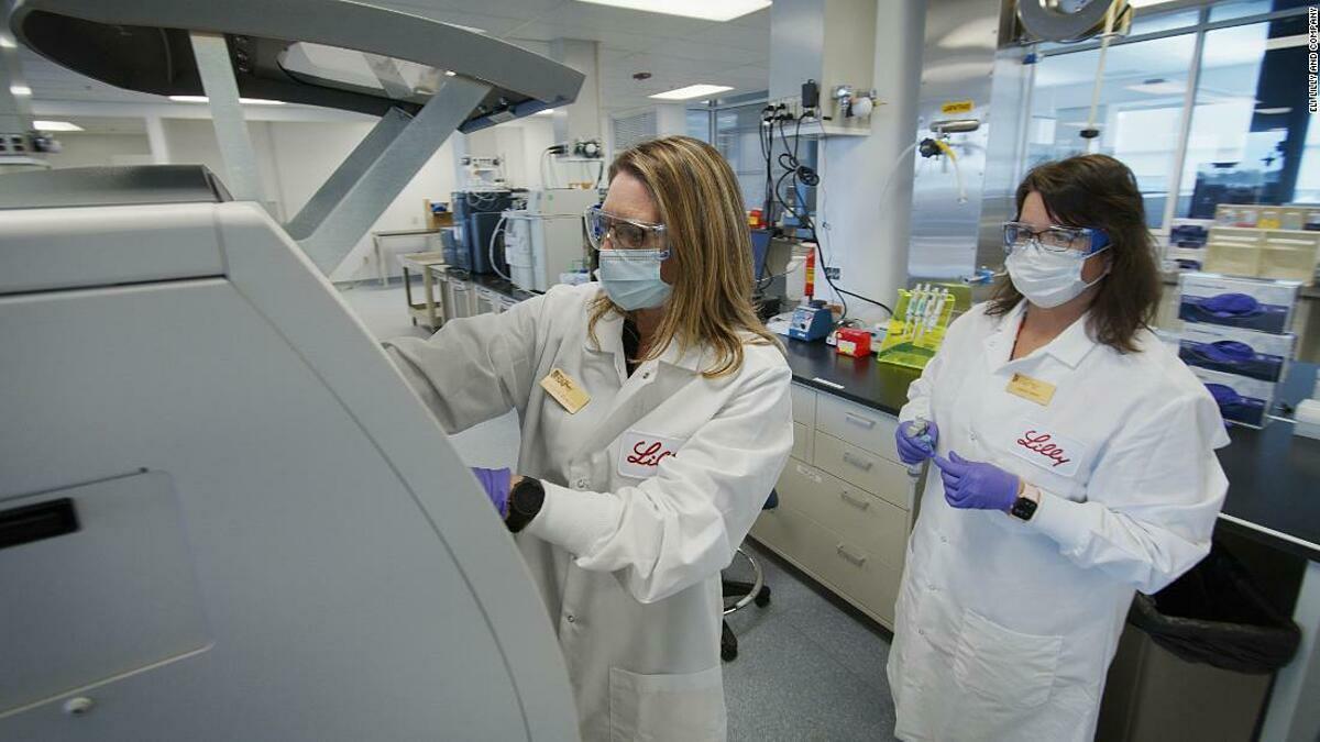 Các nhà khoa học củaEli Lilly and Company nghiên cứu và phát triển thuốc kháng thể điều trị Covid-19. Ảnh:Eli Lilly and Company