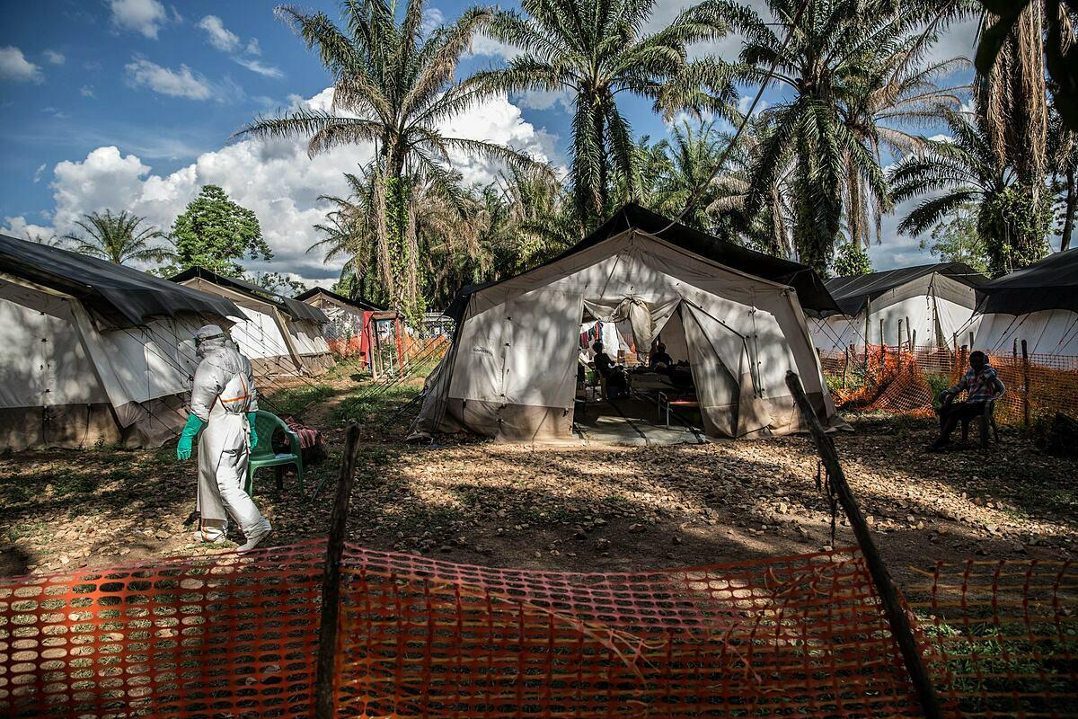 Một trung tâm điều trị Ebola ở Mangima, thị trấn bên ngoài Beni ở miền đông Cộng hòa Dân chủ Congo, năm 2019. Ảnh: NY Times