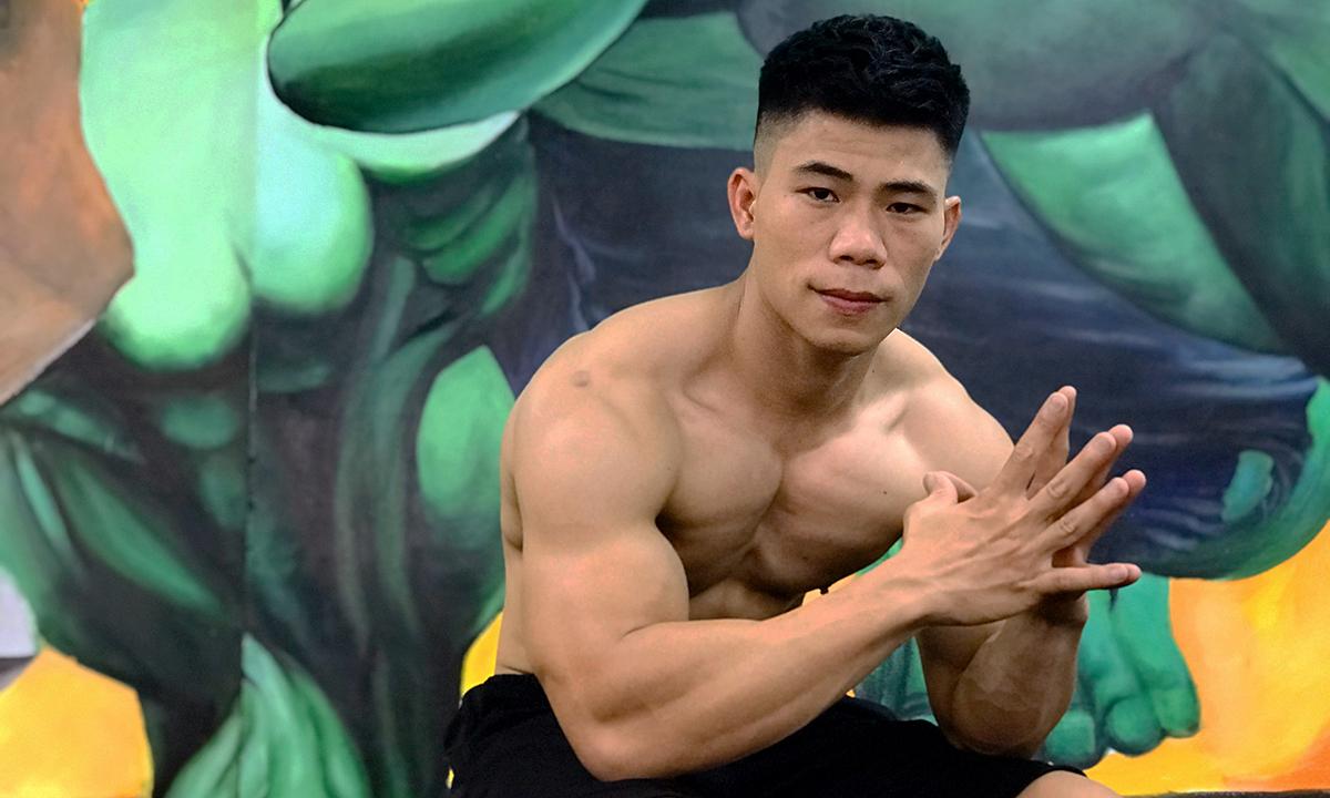 Trần Xuân Thạch, 26 tuổi, hiện là huấn luyện viên thể hình tại Hà Nội. Ảnh: Nhân vât cung cấp