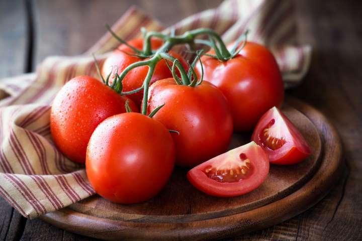 Cà chua giúp ngăn ngừa ung thư tuyến tiền liệt, phổi và dạ dày.