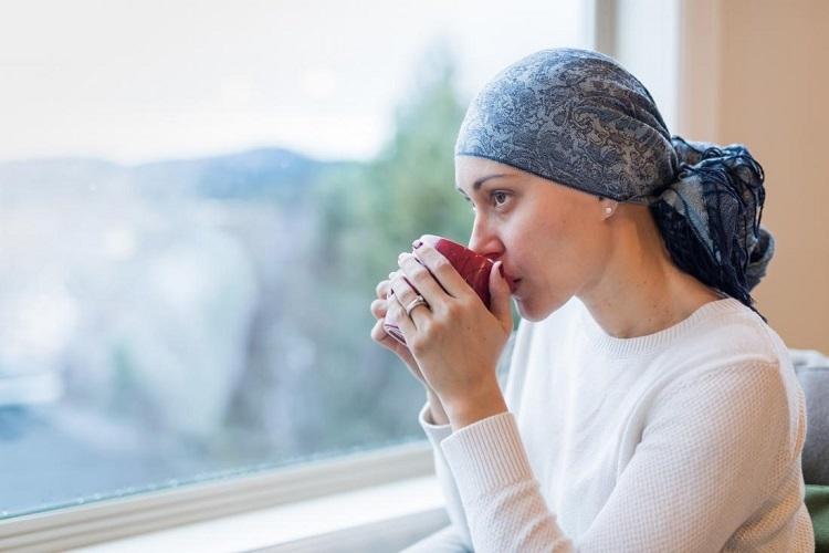 Nhiều bệnh nhân hóa trị ung thư bị thay đổi vị giác. Ảnh: Medical News Today.