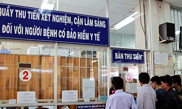 Người dân khám chữa bệnh có bảo hiểm y tế tại Bệnh viện Chợ Rẫy. Ảnh:T.N