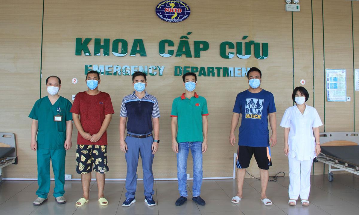 4 người được công bố khỏi Covid-19 ngày 31/7. Ảnh: Bệnh viện cung cấp.