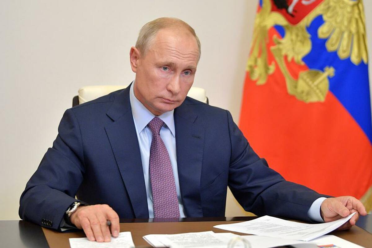 Tổng thống Nga Vladimir Putin tuyên bố cấp phép vaccine Sputnik V. Ảnh: Sputnik