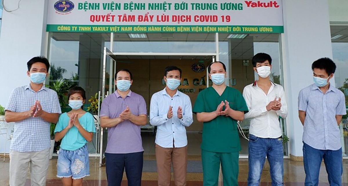 Các bệnh nhân được công bố khỏi Covid-19 ngày 24/8. Ảnh: Bệnh viện cung cấp