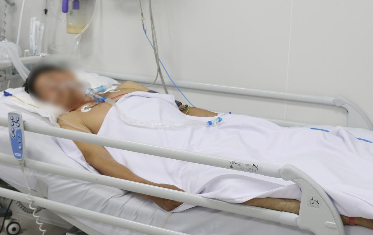 Bệnh nhân thứ 6 điều trị tại Bệnh viện Chợ Rẫy do ngộ độc botulinum sau ăn pate Minh Chay. Ảnh do bệnh viện cung cấp.