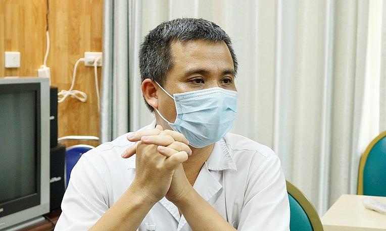 Bác sĩ Nguyễn Trung Nguyên, Giám đốc Trung tâm Chống độc, Bệnh viện Bạch Mai. Ảnh: Thành Dương.