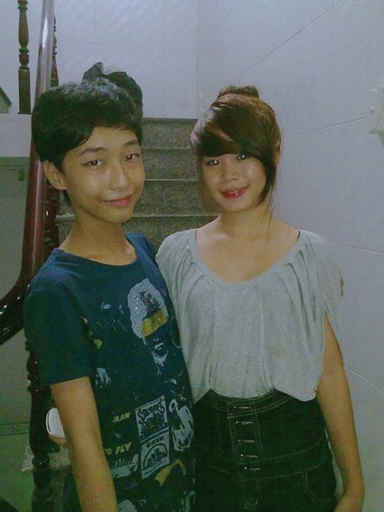 Khánh An (bên trái) khi chưa chuyển giới. Ảnh: Nhân vật cung cấp