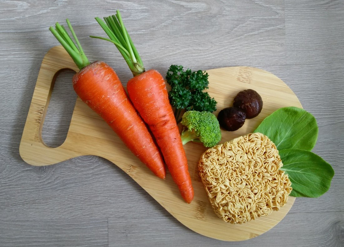 You should use instant noodles with vegetables, roots, meat, eggs ... to have a nutritious balanced meal.  PLEASE IMAGE SOURCE.
