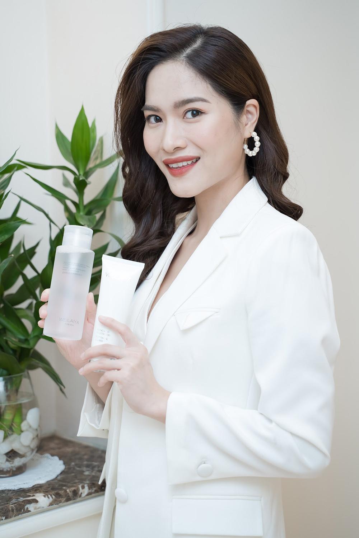 MC Mai Trang của VTV gây ấn tượng với khán giả nhờ nụ cười tự tin, rạng rỡ.