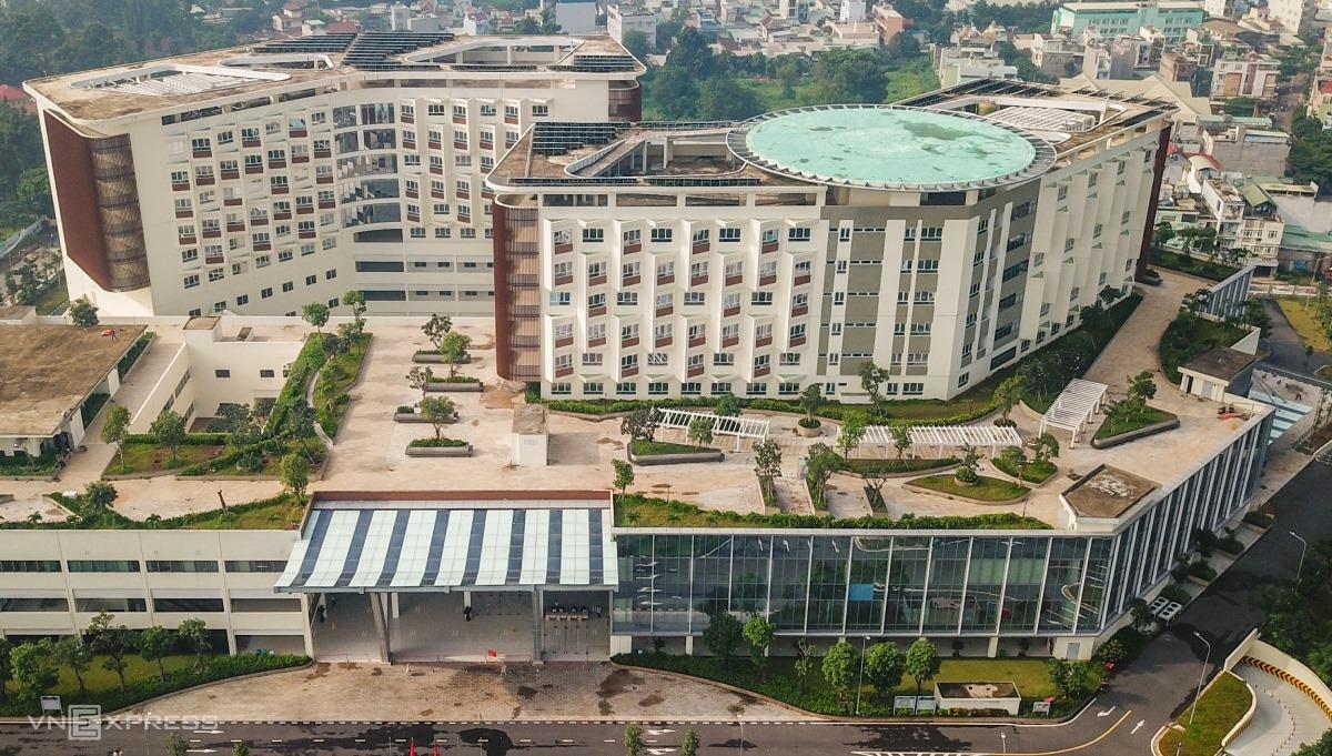 Bệnh viện Ung bướu cơ sở 2 nhìn từ trên cao. Ảnh: Quỳnh Trần.