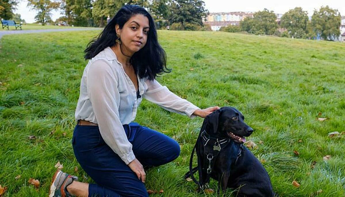 Estefania Hidalgo, 32 tuổi, sinh viên ngành nhiếp ảnh tại Anh, chủ động đăng ký nhiễm nCoV để thử vaccine. Ảnh: CNN