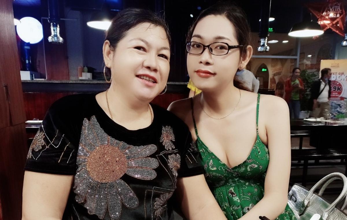 Linh đã công khai giới tính và được ba mẹ chấp nhận, yêu chiều như con gái. Ảnh: Nhân vật cung cấp.