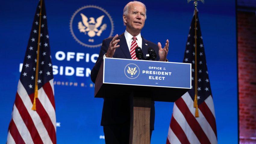 Tổng thống đắc cử Joe Biden nhận xét về nền kinh tế Mỹ trong cuộc họp báo tại  Nhà hát Queen, ngày 16/11. Ảnh: CNBC