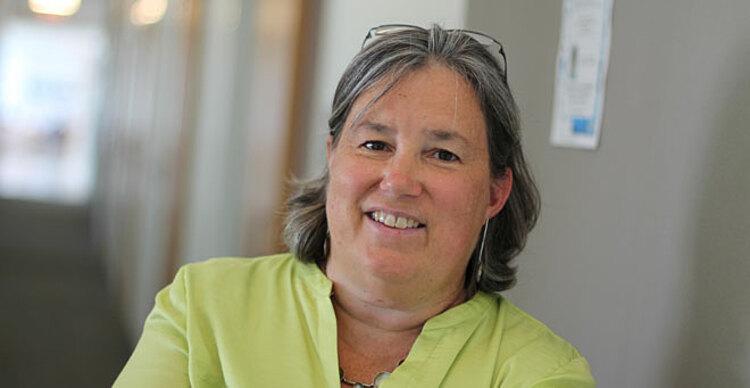 Melissa Moore, Giám đốc Khoa học của Moderna phụ trách công nghệ mRNA. Ảnh: Umass