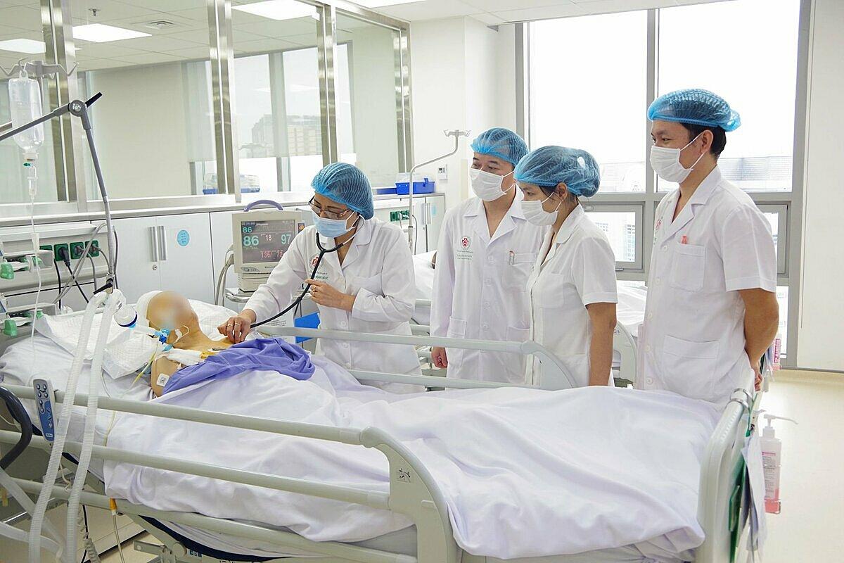 Một bệnh nhân đột quỵ được điều trị tại Bệnh viện 108. Ảnh: Bệnh viện cung cấp.