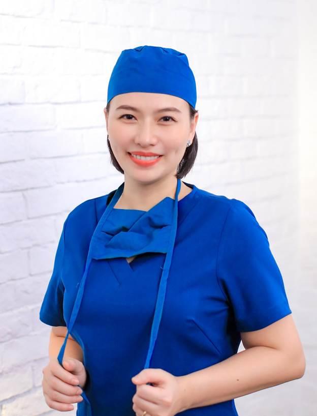 Bác sĩ CK1 Nguyễn Phương Thảo (giám đốc chuyên môn Viện thẩm mỹ Pensilia Beauty Clinic)