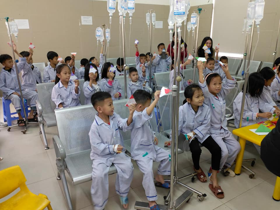 The pediatric patients are being treated at the Central Institute of Hematology and Blood Transfusion.  Photo: Cong Thang.