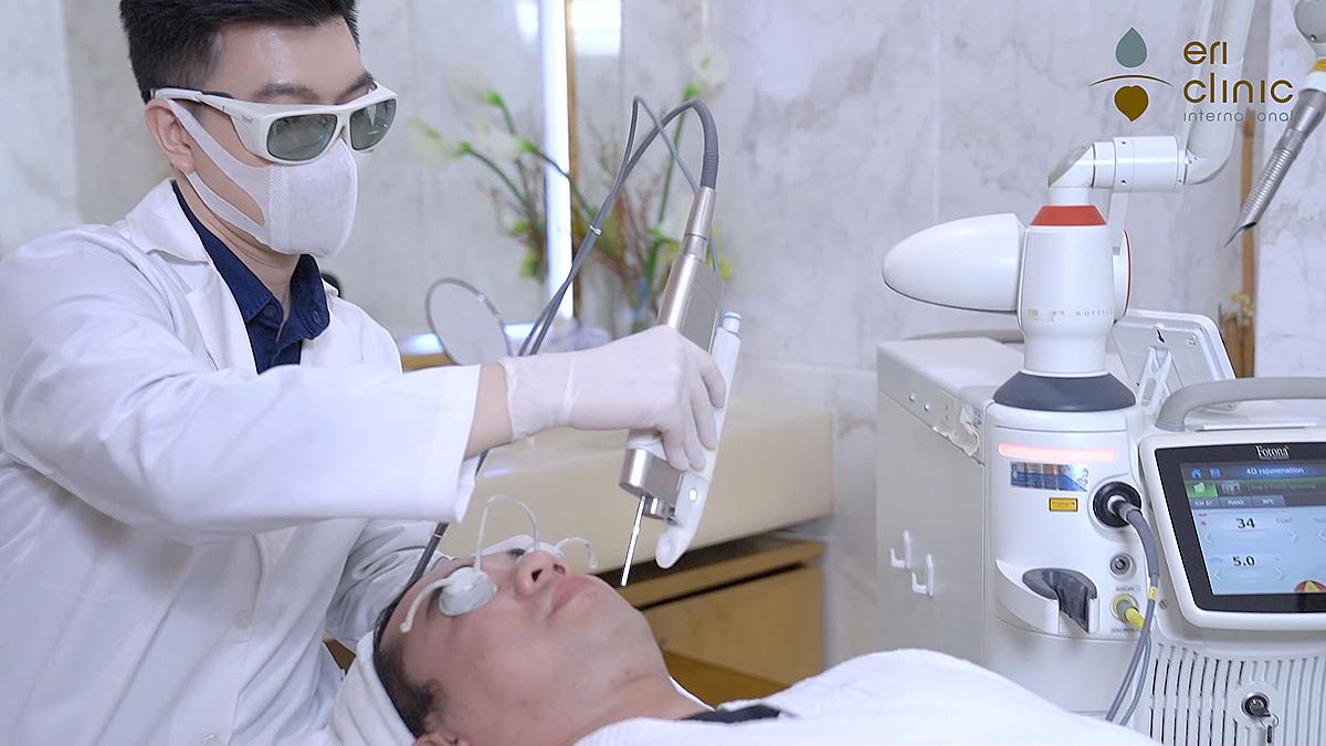 Chăm sóc da dần trở nên phổ biến ở nam giới ở xã hội hiện đại.