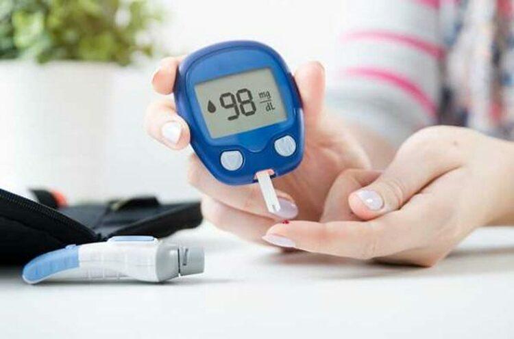 Máy đo đường huyết tại nhà. Ảnh: Tieuduong.