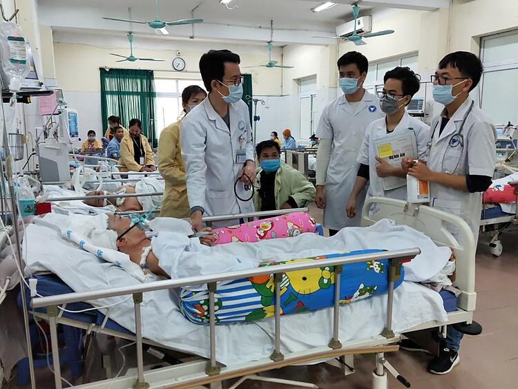 Bệnh nhân nhập viện vì đột quỵ tăng gấp đôi trong những ngày thời tiết rét đậm, rét hại. Ảnh: Nguyễn Tuyết